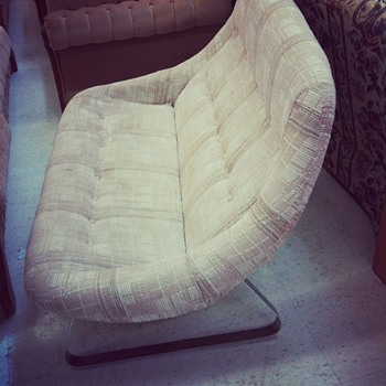 Mod 1960's Love seat with Chrome plated legs - Mid-Century Modern
