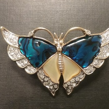 Butler Fifth Ave butterfly brooch  - Costume Jewelry