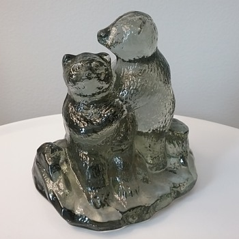 Bergdala Glass bears  - Art Glass