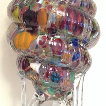 Footed shell vase - confetti on tripod rocket base - Art Glass