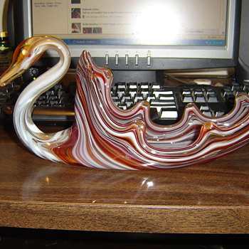 Glass Swan - Art Glass