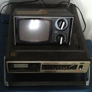 Panasonic TV flip top. - Electronics