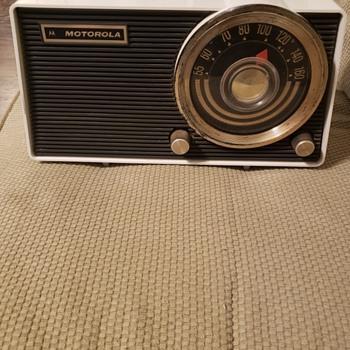 Mid-Century  Motorola - Radios