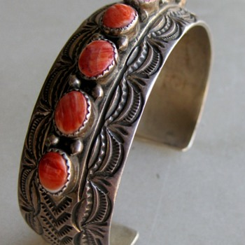 Navajo bracelet by Wilbert Benally - Fine Jewelry