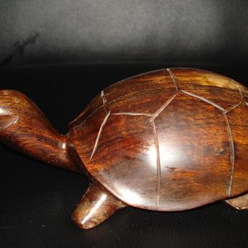 WOODEN TURTLE  - Animals