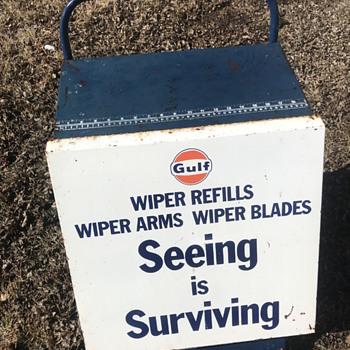 Gulf wiper stand - Petroliana