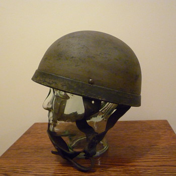 British WWII Paratrooper steel helmet - Military and Wartime