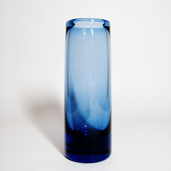 PER LUTKEN 1916-1998/1000TH POSTING - Art Glass