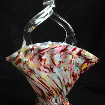 Welz Fan Basket - Art Glass