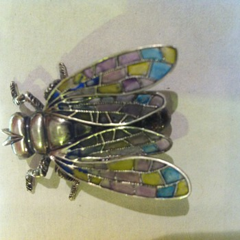Plique a jour enamel created on a Beau Sterling fly pin. - Fine Jewelry