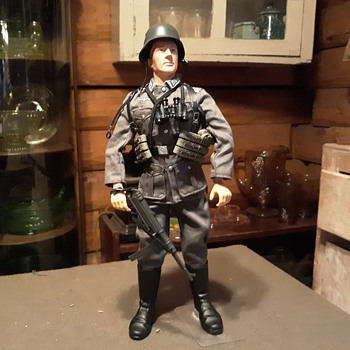 "Dragon 1/6 Scale Figure ""Hans"" 1941 Wehrmacht Infantry NCO 1999 - Toys"