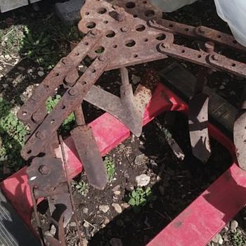 Farm equipment/plow? Antique?
