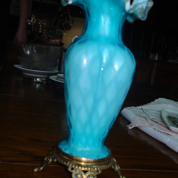 Mother of pearl satin glass ruffled vase - Art Glass