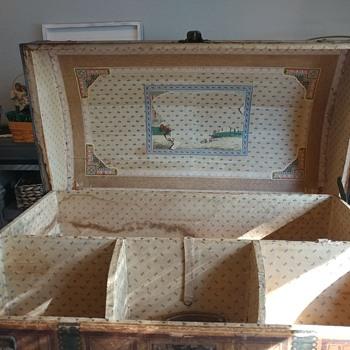 Preserve or restore? - Furniture