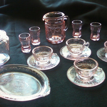 mini depression glass - Glassware