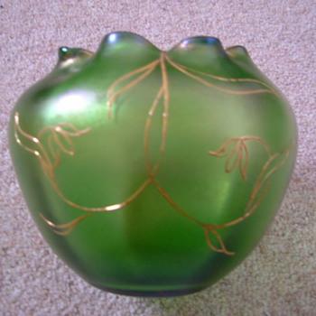 Art Nouveau rose bowls - Art Glass