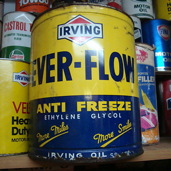 one gallon cans - Petroliana
