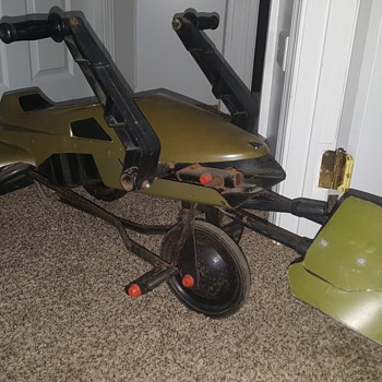 ROTJ Speeder Bike Pedal Car  (1983) by Huffy/Kenner