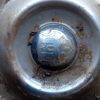 Trying to find what this hubcap goes to? - Classic Cars