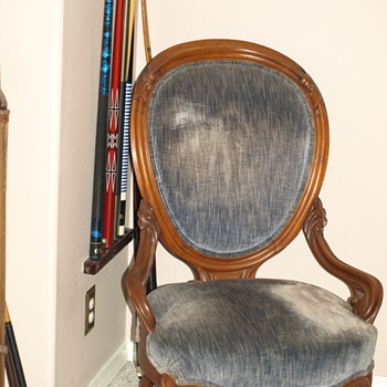 Low seat, high back velvet chairs - Furniture