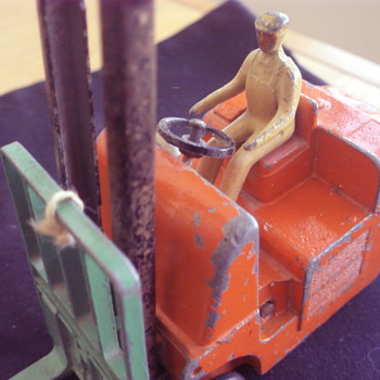 CONVERTY CLIMAX FORKLIFT TRUCK DINKY TOYS ENGLAND - Toys