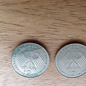2 1986 German Mark 2 coins - World Coins