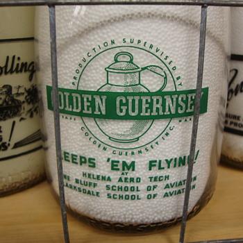 GAYOSO FARMS..HORN LAKE MISSISSIPPI WAR SLOGAN QUART MILK BOTTLE - Bottles