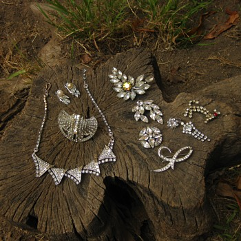 Clear rhinestones favorites from Moonstonelover - Costume Jewelry