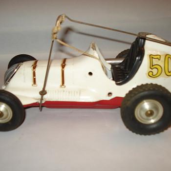 VINTAGE MEDAL CAR - Model Cars