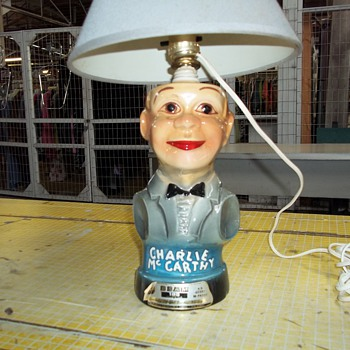 CHARLY  Mc CARTHY BOTTLE LAMP