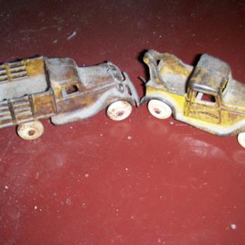 1930s Arcade iron toys  - Model Cars