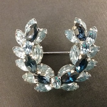 Sherman brooch  - Costume Jewelry