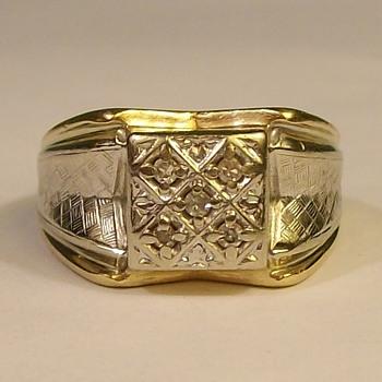 Art Deco Mans Ring In 14k With 5 Diamonds  - Fine Jewelry