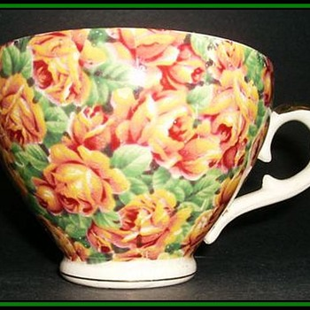 ROYAL LEIGHTON WARE *CHINTZ* Cup -- England -- Circa 1946-1954 - China and Dinnerware