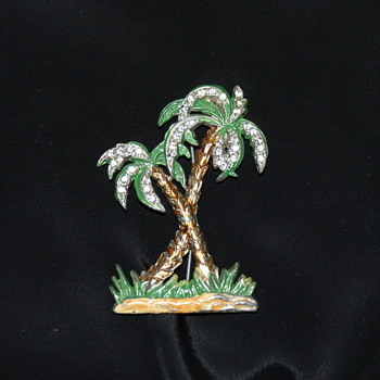 Vintage Enamel and Rhinestones Palms Brooch - Costume Jewelry