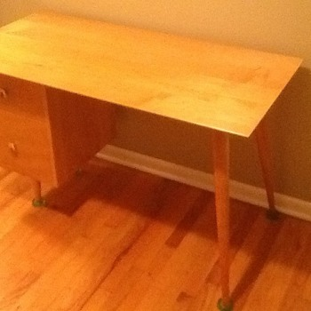Paul McCobb Mid Century Desk - Furniture