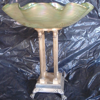 "WMF Classic Fruit Stand with ""Lorge"" Opalina Crystal bowl - silverplate - Art Nouveau"