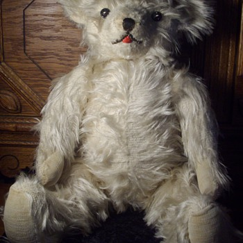 Antique Mohair Jointed Teddy Bear. - Animals