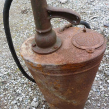 Vintage Garage Forecourt Oil Dispenser Pump - Petroliana