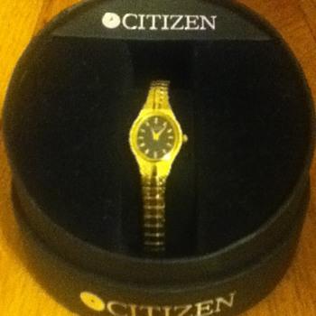 Gold Citizen Wristwatch