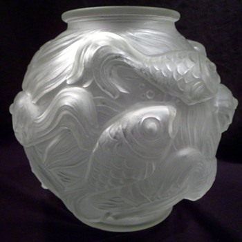 Josef Inwald Art Deco Fish Vase 1930's. - Art Glass