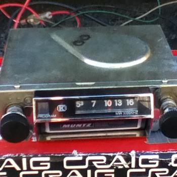 Muntz 8 track 4 program solid state car stereo - Electronics