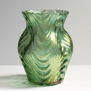Loetz Oceanik 'Wellenoptisch' Vase, c. 1904 - Art Glass
