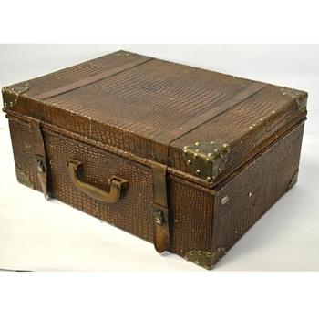 Identify Age & Maker Vintage Alligator Suitcase - Bags