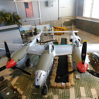 Lockheed P-38 Lightning - Military and Wartime