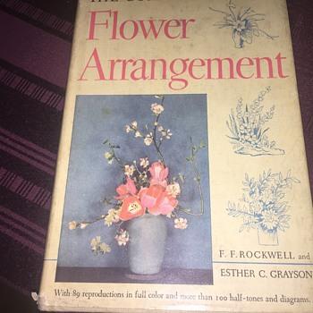 1940's Flower arrangement book - Books