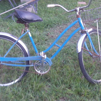 Vintage Girls Bicycle  - Sporting Goods
