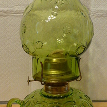 L. E. Smith green glass moon and stars finger oil lamp - Glassware