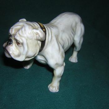 Royal Doulton English Bulldog - Figurines