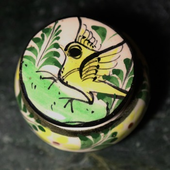 Small Tonala container on 3 legs - Pottery